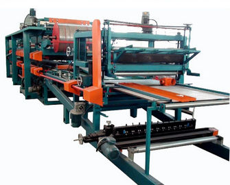 चीन Double Belt PU Sandwich Panel Making Machine Automatic For Roof Wall Panel फैक्टरी